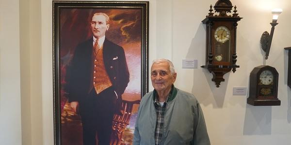Gazi Mustafa Naim Zaim Atatürk müzesini ziyaret etti