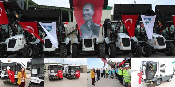 İzmit Belediyesi yeni iş makinelerini hizmet filosuna kattı
