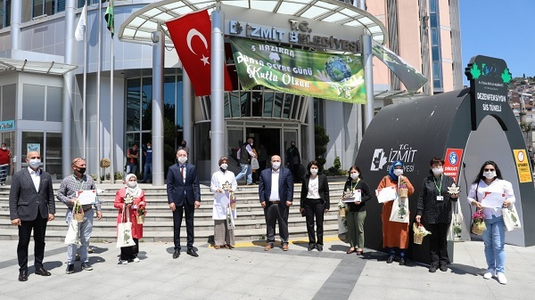 İzmit Belediyesi 5 kategoride yılın çevre ödüllerini verdi