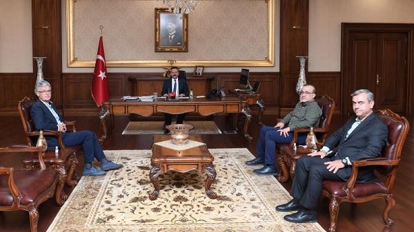 Ak Parti Kocaeli İl teşkilatı Vali Aksoy'a veda ziyaretinde bulundu