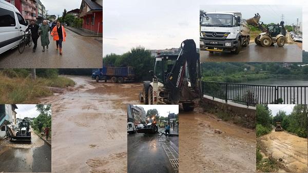 Sağanak Yağmur sonrası belediye ekipleri vatandaşı şaşırttı