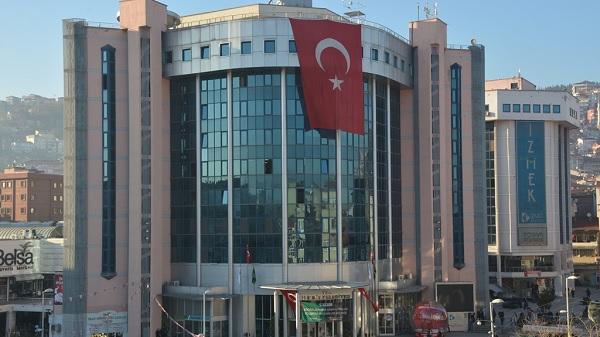 İzmit Belediyesinde disiplinsiz çalışanlar cezasız kalmadı
