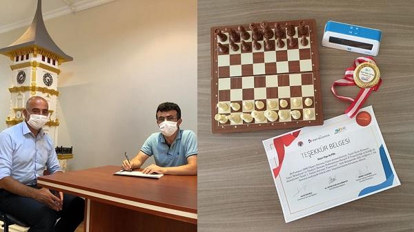İzmit 1'inci Online Satranç Turnuvası sonuçları belli oldu