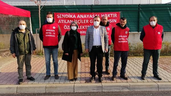 Photo of EMEP Kocaeli direnişte olan işçileri ziyaret etti