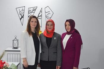 Esra Polat, Gülşah Apaydın ve Semiha Bafralıoğlu