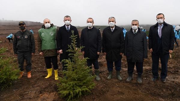 """Photo of Yavuz: """"Geleceğe Nefes Olun Dünya Sayenizde Daha Yeşil Olsun"""""""