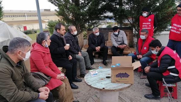 Ercüment Akdeniz sanatçıları Baldur Grev alanına çağırdı