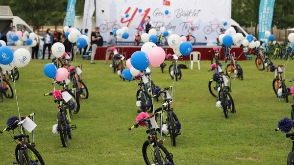 41 gence 19 Mayıs hediyesi 41 Bisiklet